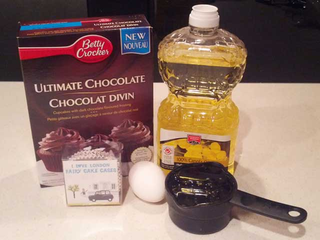Chocolate-Cupcakes-Ingredients-2